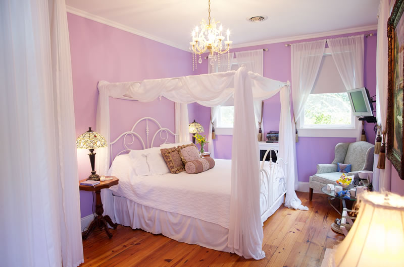 Wisteria Bridal Suite