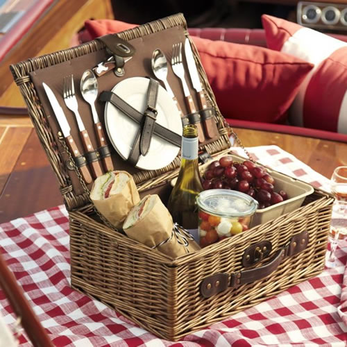 Gourmet Picnic Baskets